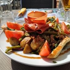 Le Café 23 à Gassin - https://gassin.eu