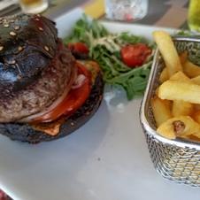 Burger de Boeuf - La Ciboulette - restaurant avec vue panoramique à Gassin - https://gassin.eu